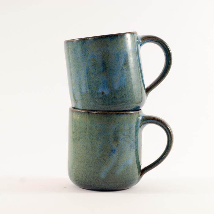 blaue Keramik Tassen