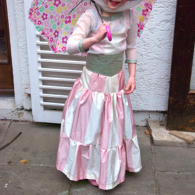 Selbst genähtes Mary Poppins Faschingskostüm