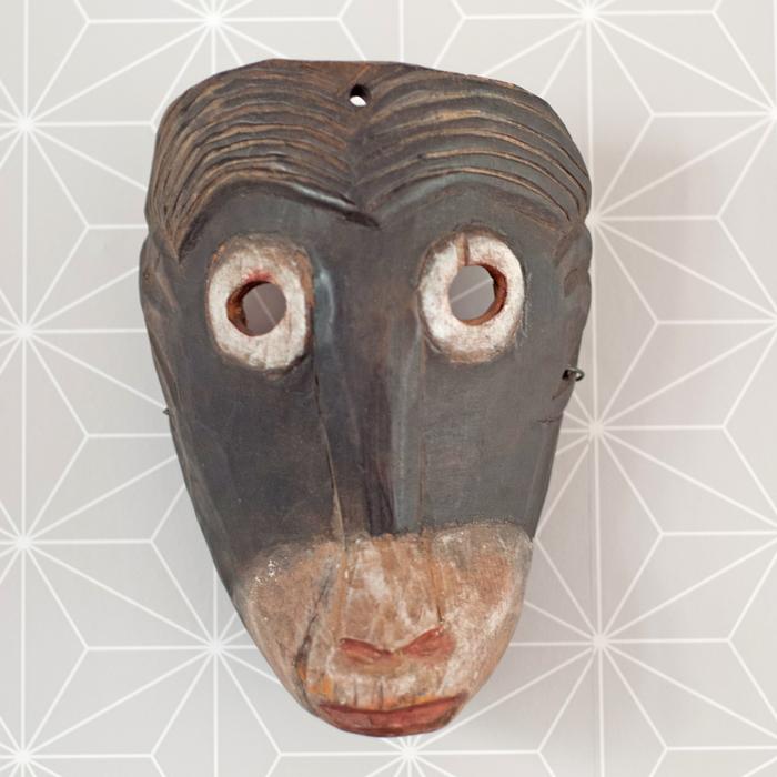 Afrikanische Affenmaske aus Holz