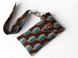 Smartphonetasche aus einer alten Krawatte