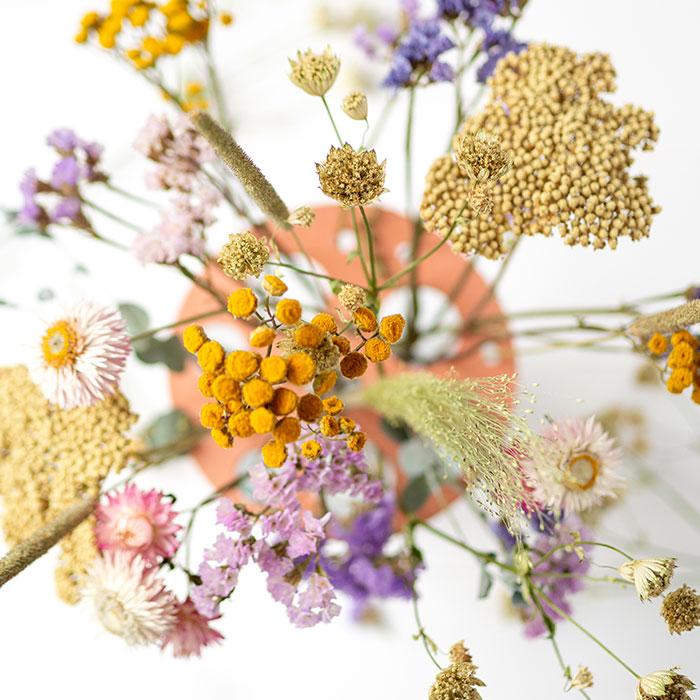 DIY Blumenverteiler für Trockenblumen