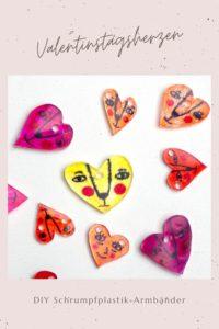 Statt roter Rosen und Pralinen gibt es von uns dieses Jahr selbstgemachte DIY Herz-Armbänder zum Valentinstag! Das mini Do-it-Yourself Projekt ist schnell und einfach umgesetzt. Wie du Einwegverpackungen dafür zu Schrumpffolie upcyclest zeige ich dir auf meinem Blog. Das macht auch Kindern viel Spaß! Tutorial: johannarundel.de