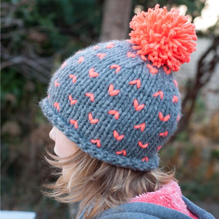 Pimp your Mütze – mit diesem DIY wird deine Wintermütze unverwechselbar