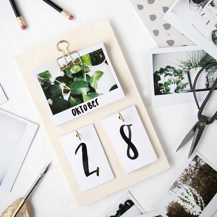 DIY Freunde Adventskalender Türchen Nummer 3 mit Lisa von Mein Feenstaub und weihnachtlichen FIMO Ideen: diy-sofortbilder-instax