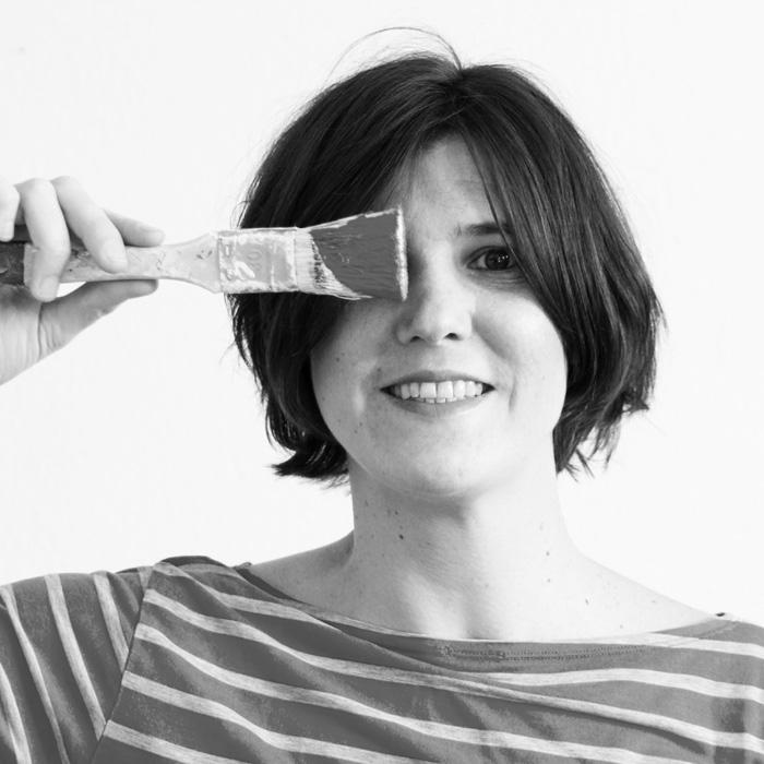 Adventskalender No. 12 : Liska und ihr Blog dekotopia.net. Es gibt ein DIY-Buch für Stickfans zu gewinnen und einen spannenden Einblick in die kreative Welt von Lisa.