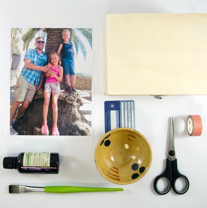 Material fuer Lavendeldruck auf Holz