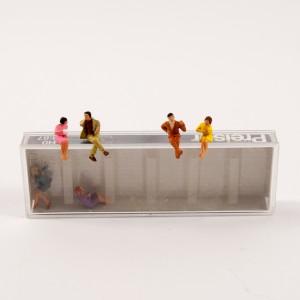 Miniaturfiguren_sitzend