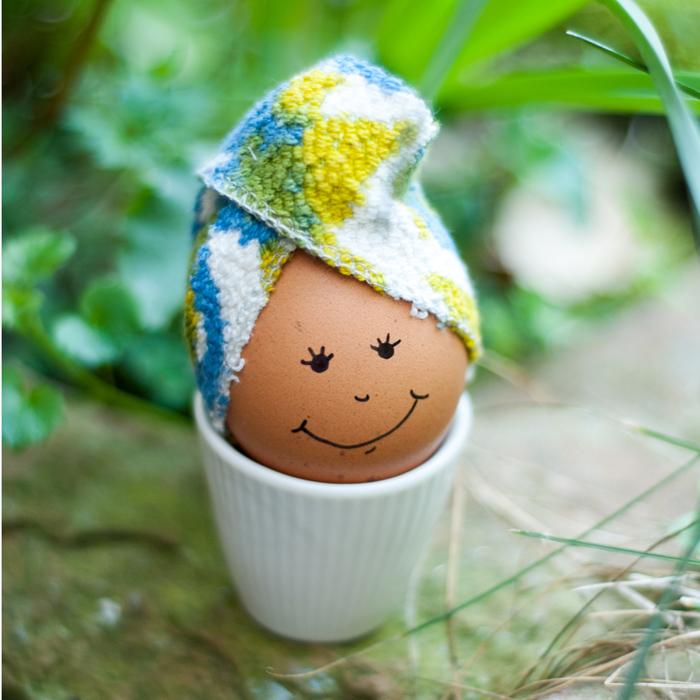 Ein süßer Turban fürs Osterei - ein Eierwärmer der niedlichen Art. Tutorial von johannarundel.de