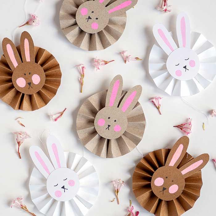 Süsse DIY Osterhasen Anhänger aus Papier