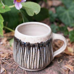 Flohmarktfunde: Handgetöpferte Tasse